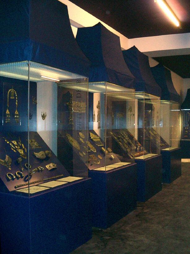 #2_Muentz_Voelkerkundemuseum_614x819px